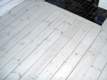 Whitewash wooden flooring White washed wood flooring